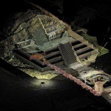 Objev století. Zlatavé koule a rtuťová jezírka pod pyramidou Opeřeného hada