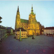 Za zednáři na Pražský hrad