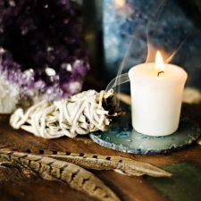 Právě na stáncích: Jak jsme vyvolávali duchy
