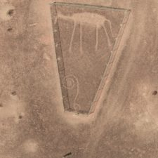 Komu byly určeny obří kresby v kalifornské poušti?