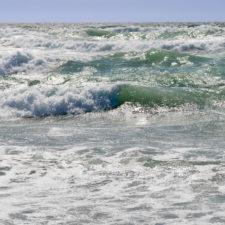 Vražedná pláž, devátá vlna a záhadný šunj