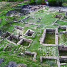 Tajemství města Tanais. Vzniklo na místě tragédie, zbyly zněj jen ruiny