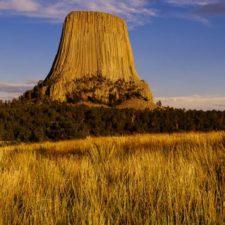 Ďáblova věž – démon i UFO a mimozemšťané