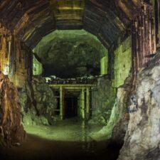 Návštěva jiného světa. Záhadné nacistické podzemí vSovích Horách