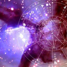 Věřím na horoskopy i na energie, říká zpěvačka Jiřina Anna Jandová