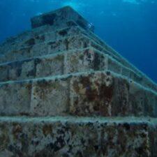 Záhadné artefakty pod mořskou hladinou. Japonská Atlantida?