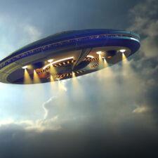 Zlomila Trumpovi vaz pravda o UFO?