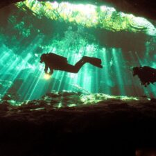 Dějiny pohřbené pod vodou. A plné záhad